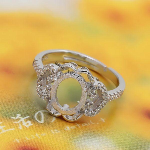 编号:P1109 名称:925银旦形如意心形戒指托 材质:925银 规格:圈内直径约17mm 适用于镶嵌约8x10mm宝石 尺寸:圈口可调大小 重量:2.7g/个 说明: 银活动戒指托可以在空托上粘上自己喜欢的宝石。 银光身开口戒指可以随人的手指粗细来调节大小, 方便于人们购买时出现大小不合戴问题, 光身开口戒指解决了人们一直以来的购买忧虑, 深得买家们的喜爱,值得依赖!