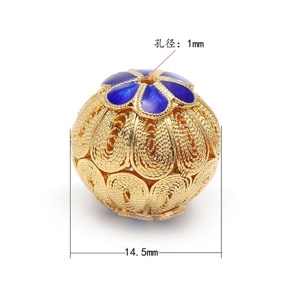 编号:KM536 名称:925银花丝球金色祥云片 规格:10mm 孔:1mm 材质:925银 重量:1.26g/个 说明:适用搭配于水晶珠,项链,手链,半宝石DIY隔珠, 玉器珠和各种首饰珠等等.... 亲们可以自己尽情发挥想象,编出时尚经典的饰品     编号:KM528 名称:925银花丝球金色 规格:14.